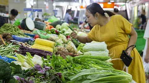 提高居民收入并缩小差距 促进消费增长