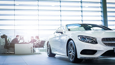 【财经数据】逆回购连停15日 8月汽车销量同比下跌3.8%