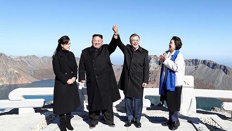 文在寅实现夙愿登顶白头山 韩朝两国人为何衷情这里?