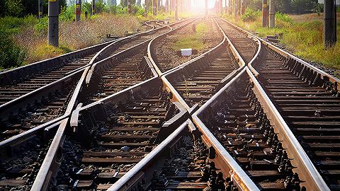 """铁路部门针对""""买短乘长""""致歉:共同维护良好乘车秩序"""