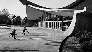 铅笔与徕卡:作为一张照片的建筑